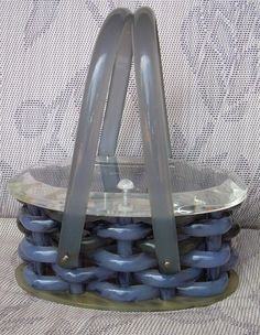 LLEWELLYN BASKET WEAVE LUCITE PURSE BLUE