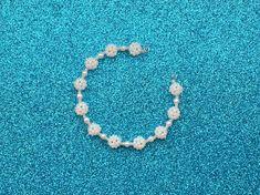 DIY: Náramek z kuliček :: Zdobenicko Bracelets, Jewelry, Charm Bracelets, Bijoux, Bracelet, Jewlery, Jewels, Jewelery, Arm Bracelets