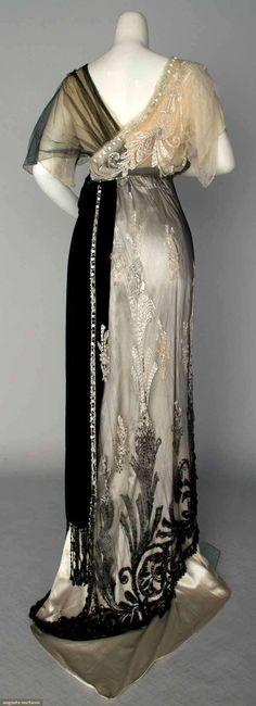 Evening Gown by Jeanne Paquin, Paris, Winter 1911 Edwardian Dress, Edwardian Fashion, Vintage Fashion, Edwardian Era, Fashion Goth, Fashion Black, Paris Fashion, Style Édouardien, Mode Style