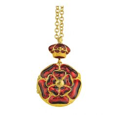 Tudor Rose enamel locket-This beautiful Tudor Rose locket-style necklace includes a royal crown and rich red and gold enamel which is characteristic of Tudor and Stuart jewellery. Where To Sell Gold, Elizabeth Of York, Tudor Rose, Wars Of The Roses, Rose Gold Jewelry, Gold Jewellery, Online Gift Shop, Gold Locket, Rose Necklace