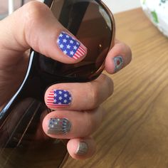 My nails are ready for the 4th of July, are yours? #KaBoomjn, #starspangledjn  stephanieron@jamberry.com