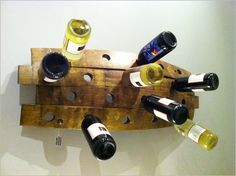 Furniture Idea , 6 DIY Wood Pallet Project – Reclaimed Wood : Wood Pallet Wine Rack Big Scaled