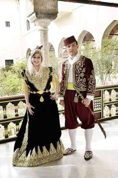 Algerian couple #algeriantraditionaldresses #Algérie #الجزائر #Algeria