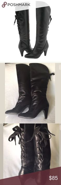 Steve Madden feud corset tie over the knee boots STEVE MADDEN KNEE HIGH BOOTS  BLACK LEATHER  CORSET LACE UP THE BACK  SIZE 8  A LITTLE WEAR ON HEELS  CLASSY AND ELEGANT Steve Madden Shoes Over the Knee Boots