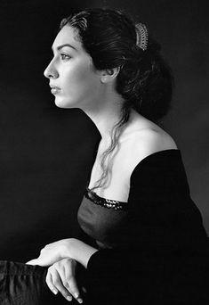 Estrella Morente (Granada, Andalucía, 14 de agosto de 1980) cantaora de flamenco española.