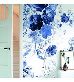 KEK Amsterdam Wallpaper Royal Blue Flowers III multicolor paper web 389,6x280cm - Wonen met LEF!