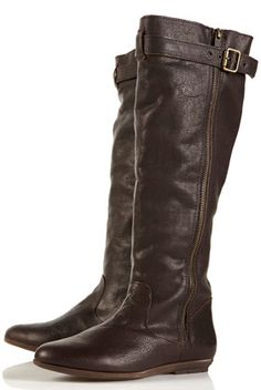 Reminds me of boot shopping with my sister in the Mall of America!!
