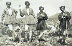 Folk, Culture, Greek Costumes, Painting, Dresses, Philosophy, Fashion, Vestidos, Moda