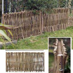 Barrière de jardin en bois de noisetier. Cette bordure est fabriquée avec des branches de noisetier d'un bon diamètre (2.5cm), à la façon des bordures médiévales. Elle...