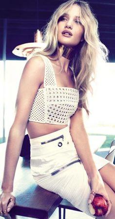 Rosie Huntington-Whiteley ♥
