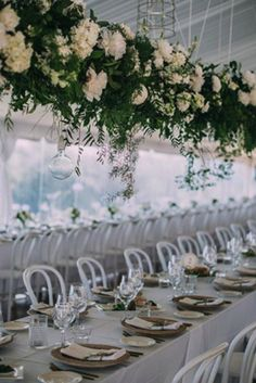 Flower trends for 2016: Hanging floral decor. Image: Instagram/@theweddingshed #wedding #decor #flowers