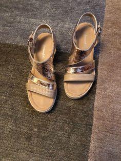 New Korks Tidal Platform Cork Wedge Leather Sandal Size Women 7.5 Black