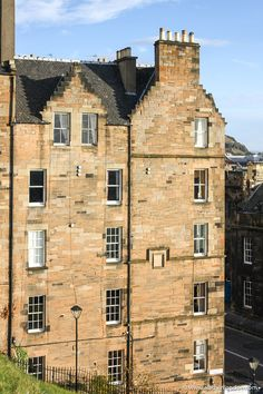 This is a building in Edinburgh, Scotland. This guide to 24 hours in Edinburgh, Scotland will show you Edinburgh hotels, Edinburgh spas, the best things to do in Edinburgh, places to eat in Edinburgh, and more. This is one of the best places to visit in Scotland. #edinburgh Edinburgh Hotels, Edinburgh Travel, Edinburgh Castle, Edinburgh Scotland, Places To Eat, Cool Places To Visit, Edinburgh Photography, Spas, Trip Planning