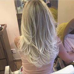 Long Blonde Layers for Long Hair