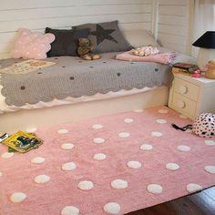 Alfombras ideales en Rosa Quartz, color pantone para el año 2016.