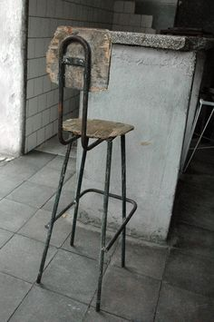 love stools for creative office workspace...