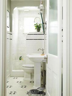 trim example, no black floor border