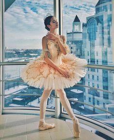 Ballet Art, Ballet Dancers, Ballet Costumes, Dance Costumes, Dance Dreams, Russian Ballet, Bolshoi Ballet, Ballet Photos, Ballet Photography