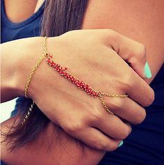 New-Occident-Fashion-Gothic-Hand-Harness-Chain-Red-Bead-Mittens-Bracelet