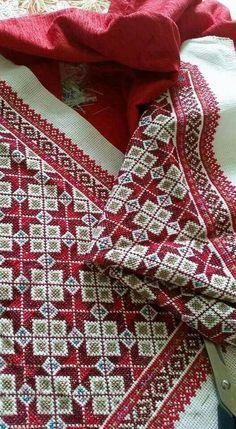 σταυροβελονια 3 Free Cross Stitch Charts, Cute Cross Stitch, Cross Stitch Borders, Cross Stitch Designs, Cross Stitching, Cross Stitch Embroidery, Cross Stitch Patterns, Hand Embroidery Designs, Embroidery Patterns