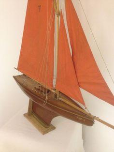 Voilier de bassin nova n 10 vendu par la boutique au nain bleu pond yachts boats - Voilier de bassin ancien nanterre ...