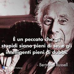 Chiesa di San Lorenzo: Gli stupidi e gli intelligenti secondo Russell.