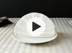 Ta dina servettvikningar till helt nya nivåer med hjälp av våra instruktionsfilmer! Filmer och beskrivningar finner du här.