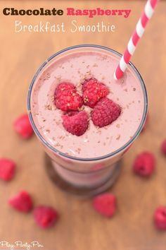 Chocolate raspberry smoothie recipe that's perfect for breakfast, lunch, or dessert from playpartypin.com