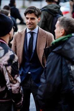 The best street style from Paris Fashion Week Men's AW18 | British GQ | British GQ Milan Fashion Weeks, Paris Fashion, Men's Fashion, Stockholm Street Style, Paris Street, Most Stylish Men, Look Formal, Mens Fashion Week, Professional Attire