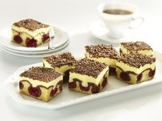 7.1-The-Danube-Waves-Cake-with-cherries