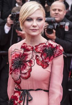 Cele bitchy   Kirsten Dunst in floral Gucci at Cannes' opening night: fabulous or too flowery?