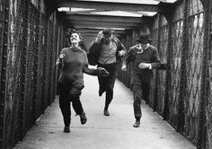 Jean Moreau, Henri Serre and Oskar Wener running - Jules Et Jim (François Truffaut, 1961) photo by Raymond Cauchetier
