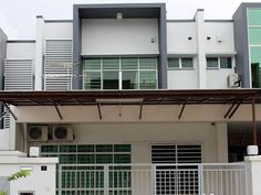 Kota Kinabalu Shia Guesthouse Malaysia, Asia Shia Guesthouse is conveniently located in the popular Central Business District area. The hotel has everything you need for a comfortable stay. All the necessary facilities, including Wi-Fi in public areas, family room, shared lounge/TV area, shared kitchen, are at hand. Internet access – wireless (complimentary), non smoking rooms, air conditioning, desk, balcony/terrace can be found in selected guestrooms. The hotel offers variou...