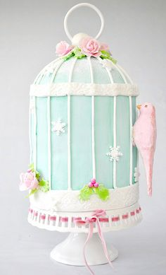 birdcage cake, one of my new favorites! I so wish I could still do cakes, I miss doing them.
