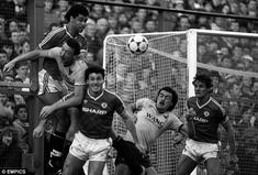 Fergies first match. United's Paul McGrath (left) heads clear during the defeat at Oxford in You might have forgotten it Fergie but we remember it well! Manchester United Images, Manchester City, Oxford United Fc, Queens Park Rangers, Sir Alex Ferguson, Class Games, Team Coaching, Field Of Dreams