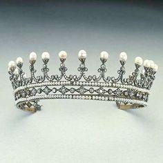 vinita_jewels_silver_pearl_diamond_tiara (1)-min