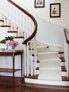 Attirant Gorgeous Curved Staircase Sara Richardson Design, Sarah Richardson, Foyer  Staircase, Curved Staircase,
