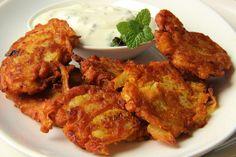 Indicke cibulove smazenky bhajis s matou a Matou, Tandoori Chicken, Pork, Vegetarian, Ethnic Recipes, Kitchen, Indie, Recipes, Catalog