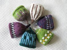 Ravelry: Co-ordinating Egg Cosies pattern by Lindsay Mudd Tea Cosy Knitting Pattern, Free Knitting, Baby Knitting, Knitting Patterns, Crochet Patterns, Knitting Ideas, Cute Crochet, Crochet Hooks, Knit Crochet