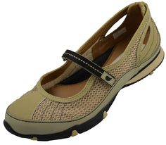 f9e7d56a1a3 Golfstream Shoes Beige and Black