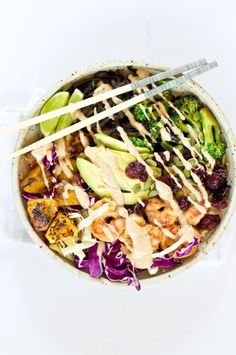 Whip up a Tropical Buddha Bowl with this easy recipe.