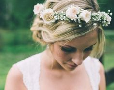 41 Gorgeous Spring Bridal Crowns Of Fresh Flowers | HappyWedd.com