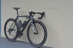 Dark Cannondale Beauty - supersix #cannondale #bicycle #velo #roadbike