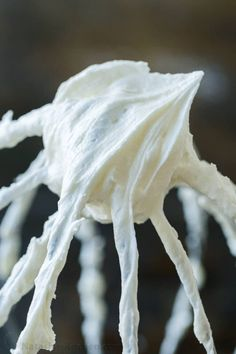 This American buttercream frosting recipe has just the right amount of sweetness and pipes beautifully and will cover a 9-inch layer cake, 24 cupcakes, and many sugar cookies! American Buttercream Frosting Recipe, Cupcake Frosting Recipes, Cream Cheese Buttercream Frosting, Vanilla Frosting Recipes, Cake Icing, Chocolate Cream Cheese, Homemade Vanilla, Homemade Food, Homemade Cakes