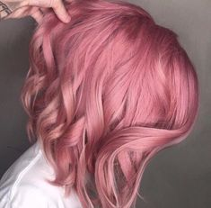Image may contain: one or more people Pastel Bob Hair, Bob Hair Color, Hair Color Pink, Hair Color And Cut, Haircut And Color, Hair Dye Colors, Pink Hair, Daniel Golz, Split Dyed Hair