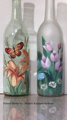 floral bottles...etching cream on the right, with someone who knows how to paint flowers, or use decoupage to decorate. Awesome!