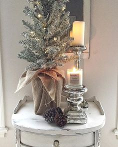 Happy weekend friends!! Just wanted to let you know that my friend Rachel @burlapbowdecor is offering 20% off her online shop all weekend. Just use the code SHOPSMALL20.  Her agape candles are da bomb!!! If you are looking for a fresh Christmas scent , get plumas mint. It's heavenly 😍😍#mycozyweekendcorner #inspire_me_home_decor #interiorinspiration #foliagefridayfreshorfaux #candles