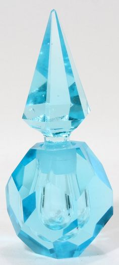 HAND CUT CRYSTAL PERFUME BOTTLE,
