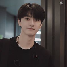 Cute Korean Boys, Korean Girl, Handsome Actors, Handsome Boys, Li Hong Yi, Girls With Abs, Girl Korea, Chinese Boy, Chinese Actress