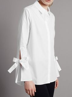 Buy the Pure Cotton Poplin Tie Sleeve Shirt from Marks and Spencer's range. Sleeves Designs For Dresses, Sleeve Designs, Mode Chic, Mode Style, Pantalon Cargo, Fashion Details, Fashion Design, White Shirts, White Fashion